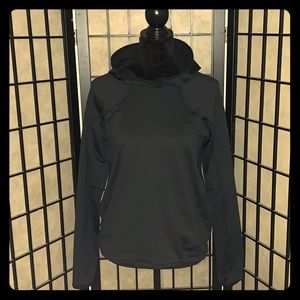 NWOT Under Armour Cold Gear Fitted Hoodie